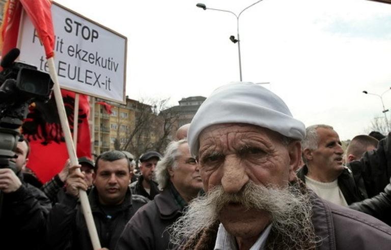 pristina-protesti-ovk_500x320