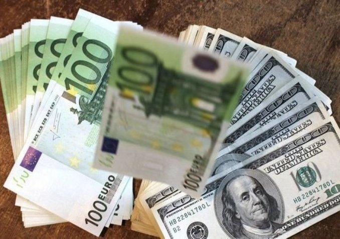 Dollar euro 4