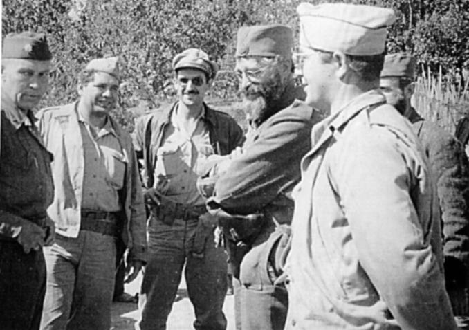 General_Mihailovic_i_americki_oficiri_1944